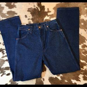 New Vintage Wrangler straight leg dark rinse Jeans